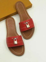 Wholesale mini lock box for sale - 2019 lock it leather Designer Sandals red fashion Women sandal Horse brand with box lady fashion Dust bag Mini slippers flat slippers