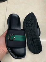 modell flache sandalen großhandel-Herren Designer Luxury Ledersandalen MIX 30 Modelle Slipper Slipper Slipper mit offener Zehenpartie, Größe 38-46