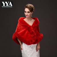 bufanda de abrigo negro al por mayor-Señoras de invierno cálido Faux Fur Cape Formal Party Outwear bufanda corta Tippet mujeres negro rojo Casual abrigo nupcial boda envuelve Poncho