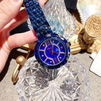 relógios de moda de plástico venda por atacado-Moda Vivid Azul Anti Fading Pulseira Relógios para As Mulheres Criativo Praça Rosto de Cristal Relógio De Pulso De Quartzo De Aço relógio de Plástico