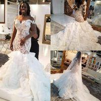 véu de volta venda por atacado-Africano Plus Size Sereia do casamento Vestidos apliques de renda Sweep Trem Cascading Ruffles Lace-Up Voltar vestidos de noiva com véu vestido de novia