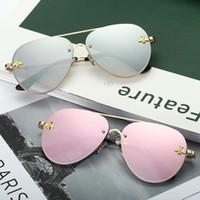 satılık çerçeveli aynalar toptan satış-2019 Sıcak Satış Lüks Küçük Arı Tasarımcı Güneş Kadınlar Ve Erkekler Için Metal Pilot Çerçeve Ayna Lensler 9 Renkler Ücretsiz Gönderi