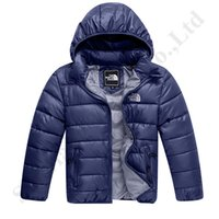 marca de jaqueta acolchoada venda por atacado-Brasão 3-8T Crianças The North Inverno NF Marca Puffy acolchoado Face Jacket Quilted Juniors Luz Wight Outwear Puffer Coats Esporte Esqui Tops C120401