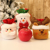 decoraciones de muñeco de nieve de navidad al por mayor-Navidad bolsa de regalo del caramelo bolsos de lazo de Santa Claus muñeco de nieve Elk Bolsa de Navidad decoración del árbol de regalo dulces de manzana LJJA3131 bolsa
