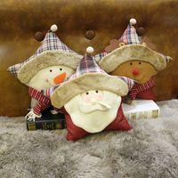 plush snowman großhandel-Christmas Snowman Dekokissen 3 Designs Santa Claus Kurzes Plüschkissen Xmas Reindeer Sofa Rückenkissen 1 Stück ePacket