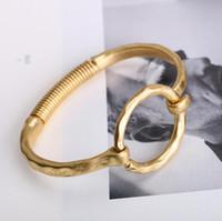 ingrosso gioielli senza zinco-i monili del progettista braccialetti della molla i braccialetti della lega di zinco di colore dell'oro semplice classico per le donne modo caldo di trasporto libero