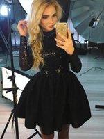 c326fed21c5d7 Sevimli Bir Çizgi Kokteyl Elbiseleri Yüksek Boyun Uzun Kollu Sequins Kısa  Parti Balo Elbise 2019 Mezuniyet Elbiseleri Küçük Siyah Elbiseler