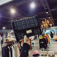 wolle kreuz körper tasche großhandel-Designer Luxus Umhängetaschen Frauen Wolle Umhängetaschen Heißer Verkauf Handtaschen Geldbörsen Ketten Tragetaschen zum Einkaufen
