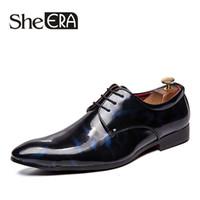zapatos de vestir dropship al por mayor-Zapatos de vestir de negocios de cuero de grano completo de marca Hombres Zapatos Oxford de cuero genuino de charol retro para hombres Tamaño EUR 39-45 Dropship