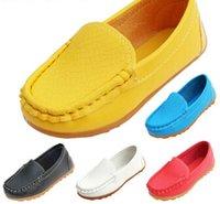 mocasines femeninos al por mayor-2019 niños zapatos casuales de cuero infantil princesa mujer zapatos zapatillas individuales hombre de cuero infantil bebé mocasines envío gratis