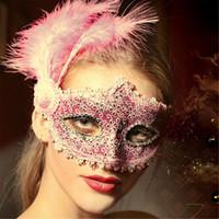 halloween tüy göz maskeleri toptan satış-El yapımı Parti Kostüm Göz Maskesi ile Tüy Düğün Venedik Yarım Yüz Dantel Maske Cadılar Bayramı Masquerade Prenses Dans Mezuniyet Fantezi Maske
