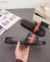 ingrosso appartamenti di marca di moda-NewStripe Uomo Donna Sandali Scarpe firmate Semplici Pantofole bianche nere di marca Moda estiva Sandali piatti spessi Pantofola Antiscivolo