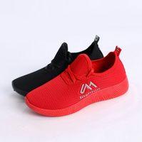 tipo de paño de mujer al por mayor-2019 primavera y otoño nuevo estilo de microfibra con cordones Rojo Y Negro Deportes señora ocasional-Type mujeres de los zapatos del viejo paño de Pekín Zapatos