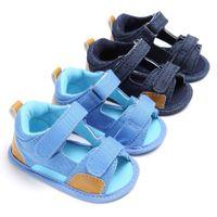 sapatos abertos para meninas venda por atacado-Recém-nascidos Meninos Meninas Sapatos open-toed Esporte Sapatos Casuais Luz Crianças Bebê Sandálias de Couro de Praia Plana Crianças