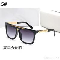 eski beyaz kutu toptan satış-Yüksek kaliteli Cam Lens Marka Tasarımcısı Moda Erkekler ve Kadınlar Güneş Gözlüğü UV400 Koruma Spor Bağbozumu Güneş gözlükleri Ile beyaz kutu