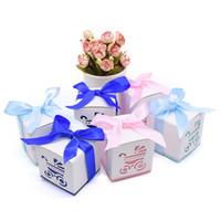 bebek arabası parti malzemeleri toptan satış-10 Adet Sevimli Bebek Duş Hediye Kutuları MaviPembe Ayakizi Taşıma Kağıt Şeker Kutusu Erkek Kız Çanta Şekeri Çocuklar Doğum Günü parti Malzemeleri