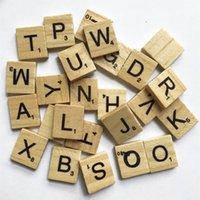 bildung pc spiele großhandel-100 PC / Los Holzfiguren für Kinder Bildung Spiel-Stücke Ersatz Alphabetscrabble Fliesen Schwarze Buchstaben Zahlen Crafts