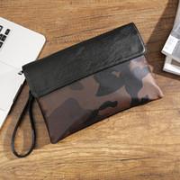 ipad leopar toptan satış-Sokak gündelik iPad debriyaj çanta zarf çanta kadın ve erkek gelgit leopar kamuflaj debriyaj