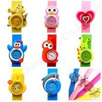 tokat saatler toptan satış-Çocuklar 3D Karikatür Clap Saatler Çocuk Unicorn Timsah tokat İzle Öğrenci Hediye saatı Silikon Bileklik Bilezik Spor İzle E1803