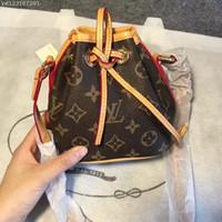 tote büro großhandel-Frauen handtaschen Designer Frauen Handtasche Weibliche Taschen Handtaschen Damen Tragbare Umhängetasche Büro Damen Hobos Tasche Totes einkaufstaschen Brieftasche