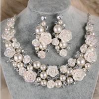 gelin kron kolye toptan satış-Gelin Aksesuarları Tiaras Saç Kolye Küpe Aksesuarları Düğün Takı Setleri ucuz fiyat moda stil gelin saç Pin taç