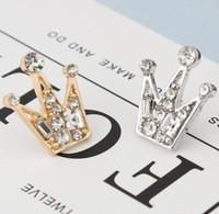 broches mini pin al por mayor-2019 Nueva moda Full diamond crystal mini Unisex pequeña corona Broche retro traje camisa chaqueta de solapa pin Hombres y mujeres Broches
