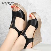 yüksek topuk ayakkabıları siyah yaz toptan satış-Kadın Siyah Yaz Yüksek Topuklu Sandalet Platformu Ayakkabı Kadın Sandalet 2019 Takozlar Sandles Kadın Kama Topuklu Peep Toe Femme Ayakkabı