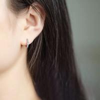 aros de oreja de niños al por mayor-S925 plata esterlina pendiente simple geométrica hexagonal oreja hueso oreja anillo hebilla hombres salvajes mujeres niño niñas joyería de plata