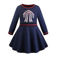 модное платье оптовых-весна девушки одеваются INS New Girl моды новые стили круглый воротник с длинным рукавом Bowknot Вышивка высокого качества хлопка девушки одевают