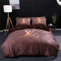 Wholesale winter bedding plants resale online - Brown Bedding Sets Pieces Quality Grid Design L Letter Bed Cover Suit For Fashion People Fall And Winter Warm Comforter Set Cover