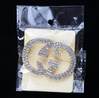 Wholesale smooth clothes resale online - 2019New hot sale wild high quality brooch designer smooth letter brooch ladies clothing gift accessories