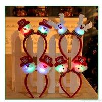 işıklı yılbaşı şeritleri toptan satış-Noel Çocuklar Dekorasyon Parti Aksesuar Noel Hediyesi için fosforlu Kafa Hairband Işık Parlayan Noel Baba Geyik Kardan Adam Saç Bandı LED