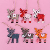 Wholesale grey yellow home decor for sale - Group buy Wood Painted Elk Pendant Christmas Tree Decor Xmas Party Decor Deer Pendants Christmas Decoration for Home Pc