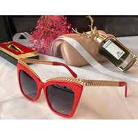 Wholesale slimming glasses resale online - Slim design gold white cat eye frame sunglasses brown gradient lenses Sonnenbrille Luxury Designer yellow gold chain temple with original ch