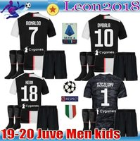 jersey ronaldo juvenil al por mayor-Kit de niños adultos camiseta 2019 RONALDO 19 20 MANDZUKIC camiseta de fútbol conjunto juvenil hombres DYBALA JUVE Camiseta de futbol
