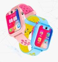 alarme de segurança para crianças venda por atacado-Crianças Smartwatch com o cartão SIM, o Smart Watch Phone para crianças com GPS Tracker SOS Lanterna Relógio Despertador Segurança Zona Voice Chat