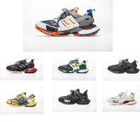 ingrosso migliori scarpe da campeggio-scarpe da ginnastica di marca di uscita Tess Parigi uomini traccia gomma Maille nero per le donne Triple S Clunky scarpa da tennis dei pattini casuali calda autentica designer di scarpe