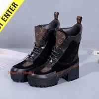 Wholesale scrubs women medium resale online - Women Ankle Winter Scrub Thick Heel Martin Boots leather Ladies Pointed Shoes Women Bota Feminina Femme tide