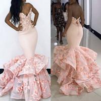 blumenabend tragen großhandel-Rosa Meerjungfrau-Abschlussball-Kleider Handgemachte Blumenblumen 3D formale Abendgelegenheit tragen südafrikanische Vestidos Tiered Rüschen BA9645