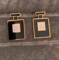 prix neuf achat en gros de-Marques Nouveau Style Designer Boucles D'oreilles De Mode Femmes Real Photos Boucle D'oreille De Luxe Design De Mode Boucles D'oreilles Stud Bijoux En Gros Prix