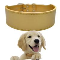 kırmızı beyaz köpeği yaka toptan satış-Pet Köpek Yaka Ayarlanabilir PU Deri Yaka 2 Inç Geniş Beyaz Siyah Kırmızı Pembe Altın Renk Orta Büyük Boy Pet Ürünleri