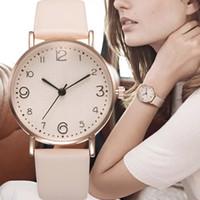 relógio de vestido de banda de couro preto venda por atacado-Couro Luxo Banda Feminina Moda Analógico Quartz Relógio de pulso dourado Ladies Watch Women Dress Reloj Mujer Black Clock