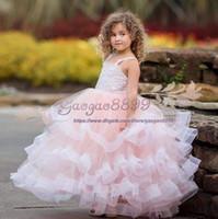 hacer vestidos de tutu para niños pequeños al por mayor-2019 Vintage Lovely pink Infant Toddler Baptist Clothes Flower Girl Vestidos Con spaghetti Tiered Lace Tutu Vestidos de bola Barato por encargo