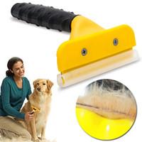 cepillo deshidratante al por mayor-Cepillo para mascotas Perro Gato Peine Retiro del pelo Pelo largo Pelo corto Peluquería canina Deshedding Edge Tool T0143