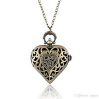 indischen kettenentwurf für männer großhandel-Antike Bronze Hohl Herzförmige Quarz Taschenuhr Halskette Anhänger Kette Frauen Damen Schmuck Uhren Geschenk reloj de bolsillo