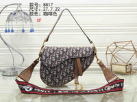 Wholesale body types women for sale - Group buy Qiu dong new fund brocade bag D word saddle female bag broad band single shoulder carry aslant cross bag web celebrity star is the same type