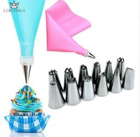1Pc Silicone Icing Piping Cream Pastry Bag +12PCS Stainless Steel Nozzle Pastry Tips Converter DIY Cake Decorating Tools