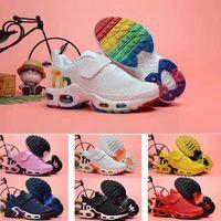 botones para zapatos al por mayor-2019 venta al por mayor TN Plus KPU botón mágico Air Cushion Trainer Niños zapatos para correr niño niña niño niño zapatillas deportivas tamaño 28-35