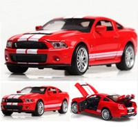 ingrosso auto di shelby-Alta simulazione in lega diecast 1:32 veicoli giocattolo Mustang Shelby GT500 modello di auto in metallo con suono leggero tirare indietro auto giocattolo regali
