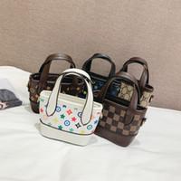 lindos bolsos para niños al por mayor-2019 Nuevos bolsos para niños Diseñador de la impresión del bebé Mini monedero Bolsas de hombro Adolescente niños Niñas Bolsas de mensajero Regalos de Navidad lindoC6142